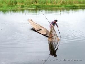 Gentes e Locais/Pescador  a colocar a rede!!!