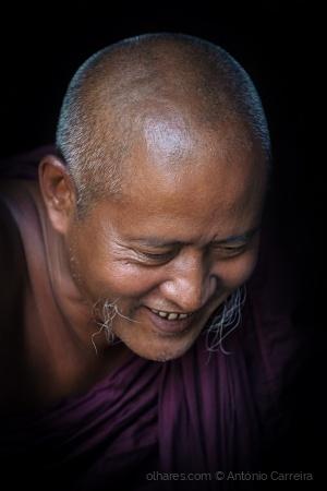 Retratos/Le moine qui rit