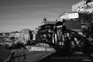 Gentes e Locais/A sombra de Luiz I
