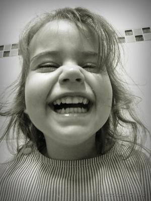 /bonequinha sorridente