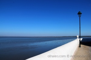 /Tons de azul no horizonte (Alcochete )