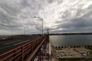 Paisagem Urbana/A ponte e o Tejo