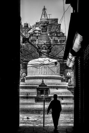 Gentes e Locais/De l'ombre à la lumière