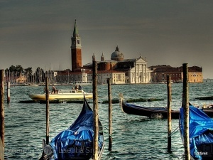 /...in a Venice mood.....