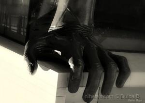 Outros/a mão