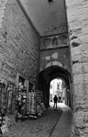 /O Arco de Almedina