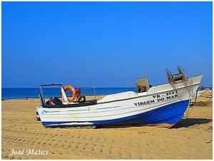 /Barco de pesca em Monte Gordo
