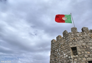 História/Bandeira no alto do Castelo