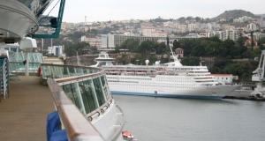 Outros/funchal, visto a bordo