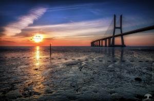 /Ponte Vasco da Gama - O amanhecer