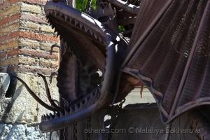/Dragão Ládon (portão de entrada)