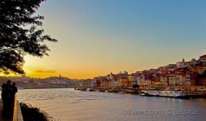 Paisagem Urbana/ùltimo Sunset do ano - postal do Porto XLVII