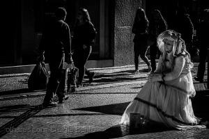 Gentes e Locais/a rapariga mais triste da cidade