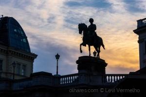 /Albertinaplatz ao pôr do sol...