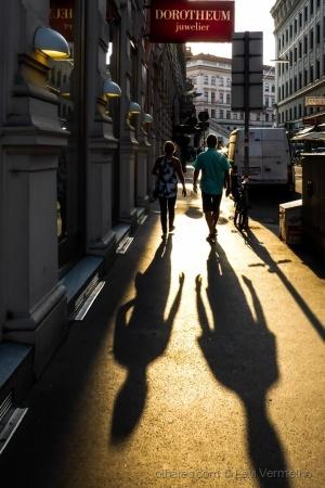 /Na hora das sombras gigantes...(ver texto)