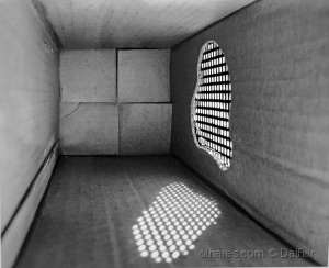 Arte Digital/Luz através das fendas