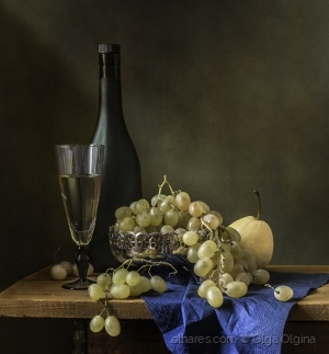 Outros/Wine and grapes