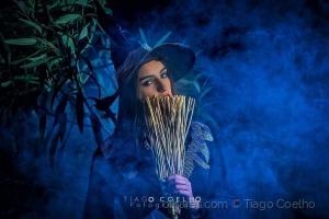 Retratos/Bruxa a preparar-se para o Carnaval