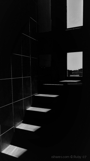 Abstrato/ RÉSTIA DE LUZ