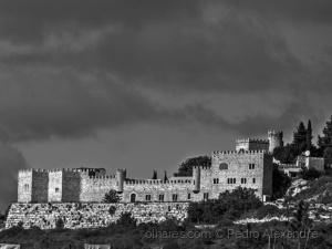 /Um castelo em Loulé?