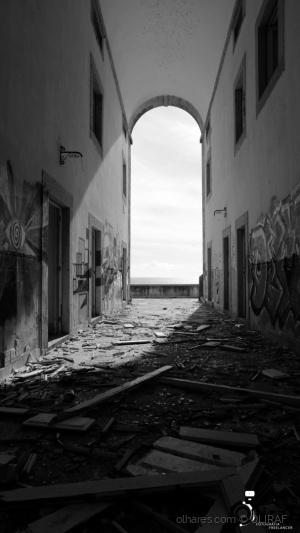 História/Estado de abandono.