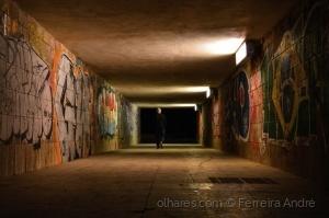 /Underground walker