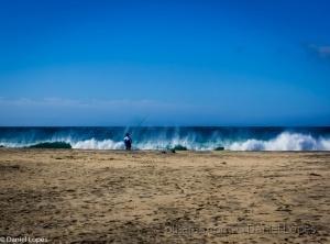 /Pescando em São Pedro com o mar agitado
