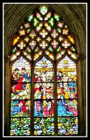 Outros/Arte sacra/vitral - a crucificação de J. Cristo