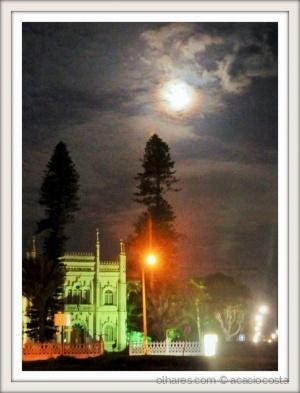 Gentes e Locais/Last night Maputo