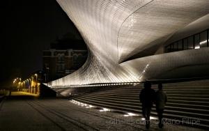 Paisagem Urbana/MAAT 2 ( experiências com luz ) ler