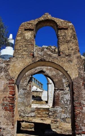 /A Antiga Entrada no Castelo