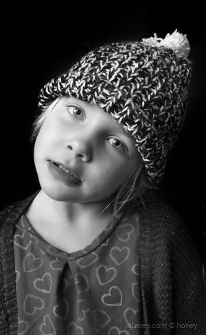 Retratos/le bonnet d' Ana