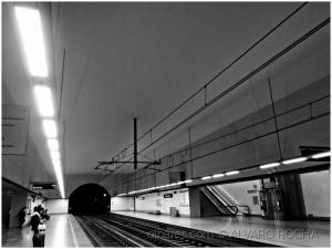 /Uma luzinha ao fundo do túnel