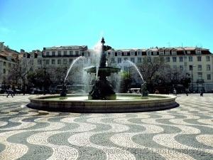 /Cenas de Lisboa (ler)
