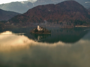 /Igreja no Lago...