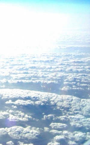 """/""""Em Cima das Nuvens""""..."""