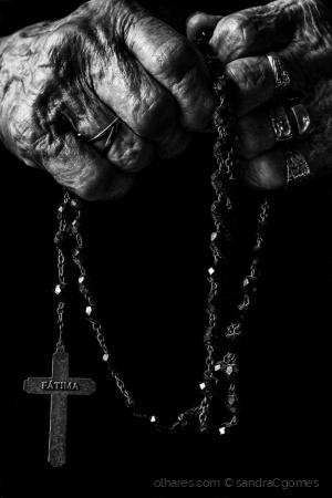 """Outros/""""As mãos que me abençoam"""""""