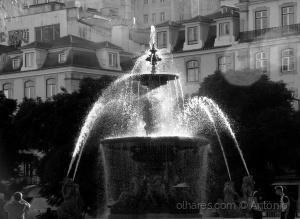 Fotojornalismo/O fotógrafo e a Fonte (ler)