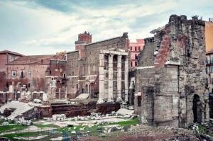 História/Fórum Romano