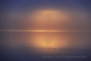 /O amanhecer no Rio Amazonas...