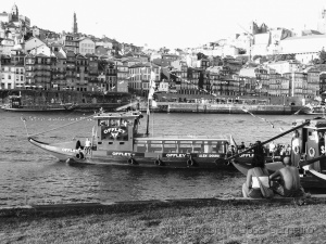 "Paisagem Urbana/Photo #2464 "" Black & White Porto ... """