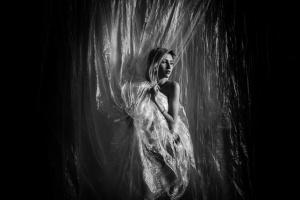 Retratos/luce oscura # 2