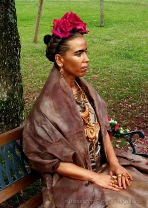 /Frida Kahlo (ler)