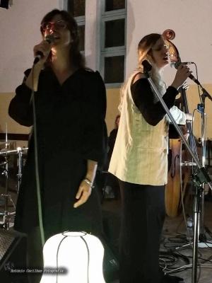 Espetáculos/Joana Ricardo & Andreia do Carmo (ler)