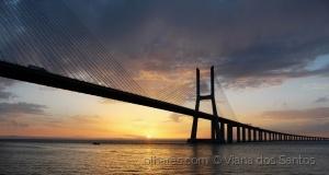 /Ponte Vasco da Gama , amanhecer