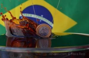 /Brasil, mostra tua cara (ler)