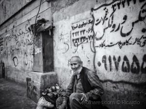 Outros/Men in Iran
