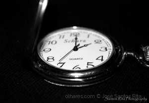 Outros/At the touch of 2 o'clock