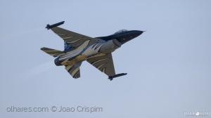 Desporto e Ação/F-16 Dark Falcon