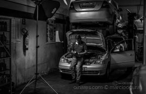 Retratos/cenario oficina mecanica